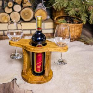 Подставка дубовая под бутылку и 2 бокала (Арт. В10).
