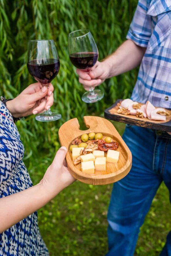 Фото коктейльной тарелки на пикнике