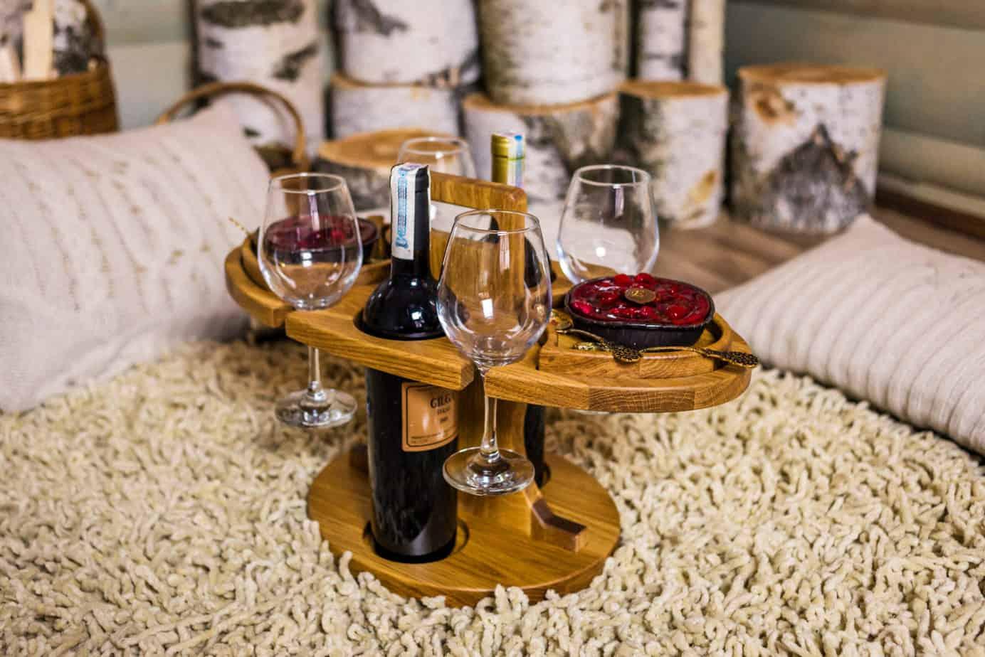 Винный стол на 4 бокала и 2 бутылки из дуба разборный